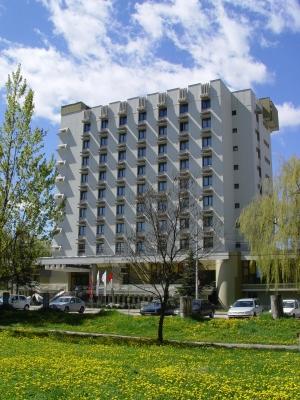 Fenyo Hotel